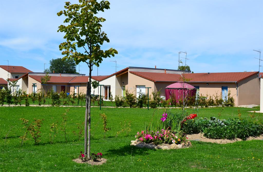 L 39 environnement creusalis for Entretien jardin obligation locataire