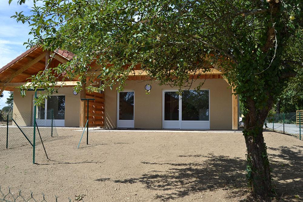 Quatre nouvelles maisons creusalis saint dizier leyrenne for Entretien jardin gueret